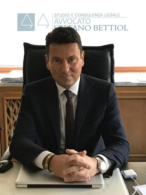 Avvocato Stefano Bettiol, con studio legale a Belluno e Treviso